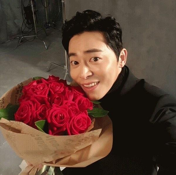 Jo Jung Suk (Instagram/@actorchojungseok)