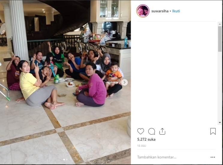 Geng asisten rumah tangga Anang Hermansyah. (Instagram/suwarsiha)