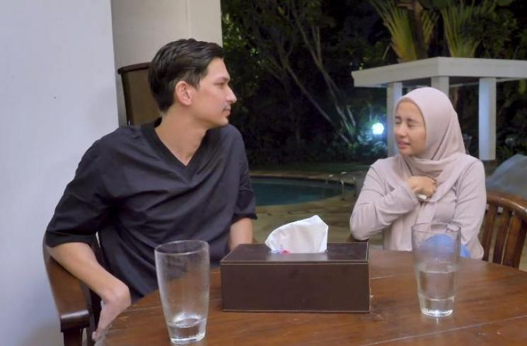 Dimas Beck dan Laudya Cynthia Bella. (Youtube/@DimBeckChannel)