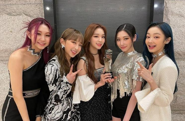 Secret Number menangkan Rookie of The Year AAA Awards 2020 (Instagram.com/secretnumber.official)